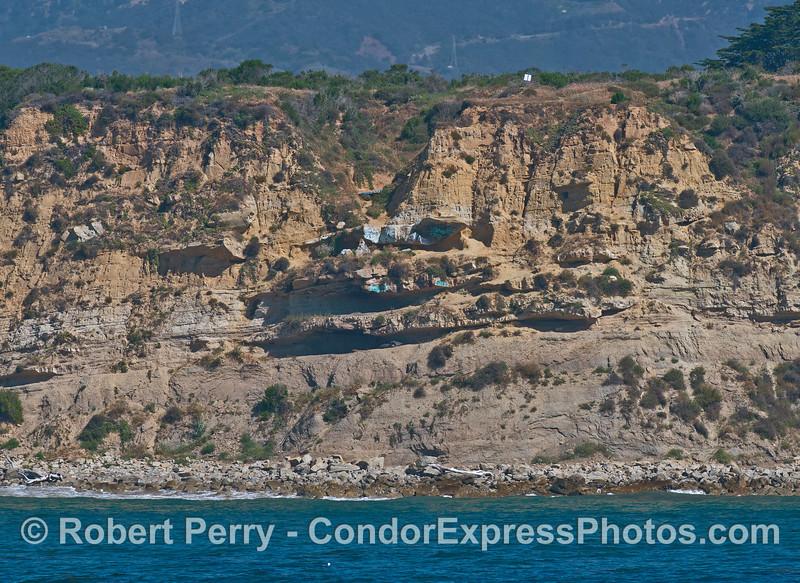More mesa cliff dwelling