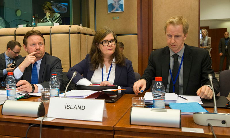 From left: Mr Högni Kristjansson, Director, Ministry of Foreign Affairs, Iceland; Abmassador Bergdis Ellertsdottir, and Mr Ragnar Kristjansson, Mission of Iceland to the EU (© European Union)