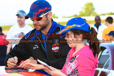 Christman, Jason Autograph Session 2015 (1 of 1)