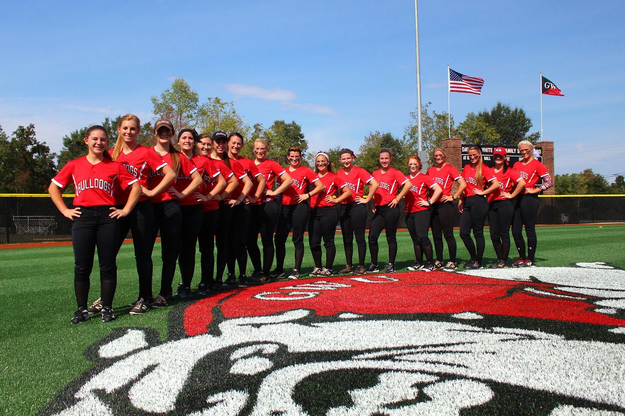 2015 GWU Softball Team