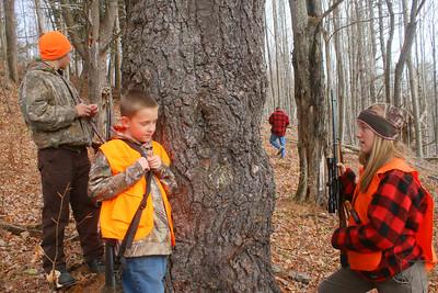 IMG_1305 kids by tree