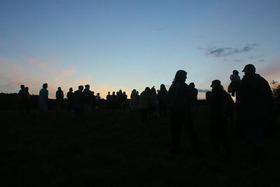 IMG_2057 audience walks between scene settings