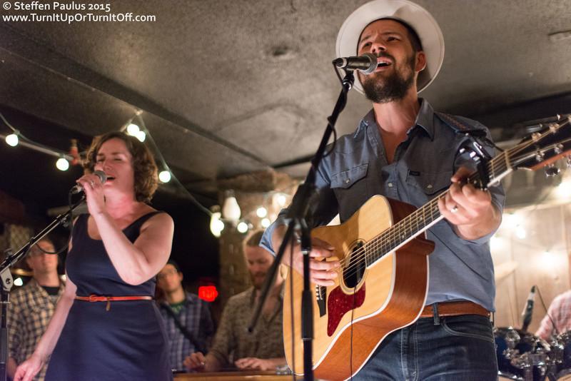 Oh Susanna joins Ben Kunder @ Dakota Tavern, Toronto, ON, 27-May-2015
