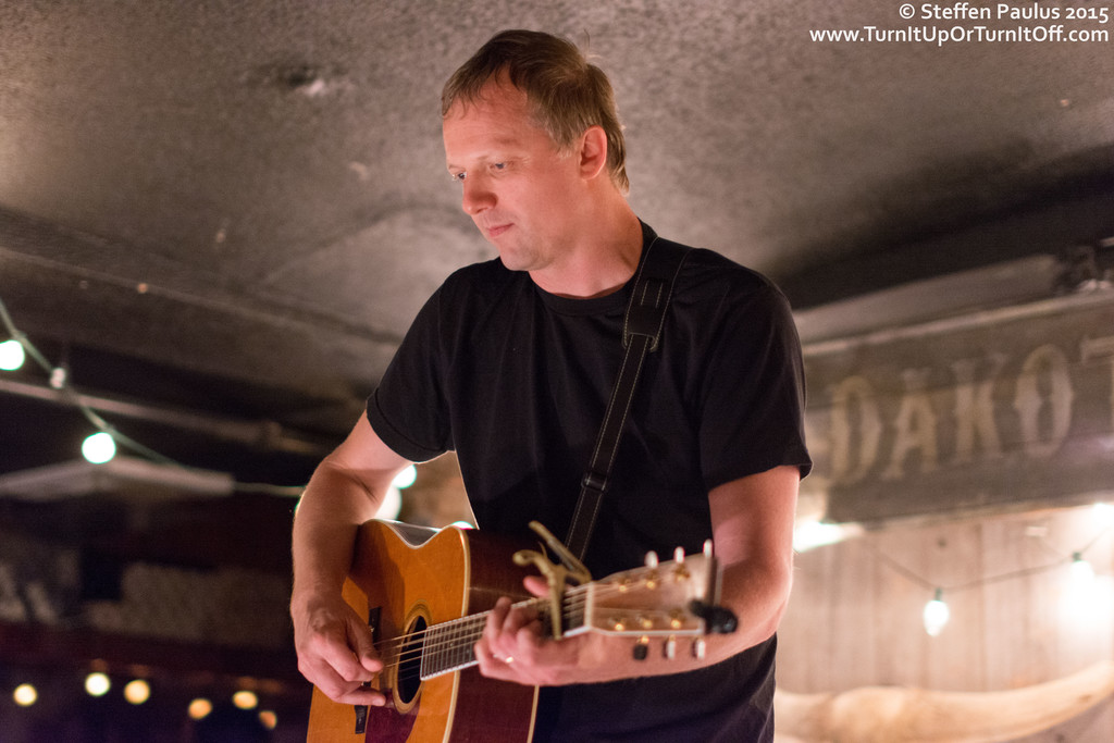 Lindy Vopnfjord @ Dakota Tavern, Toronto, ON, 18-June 2015
