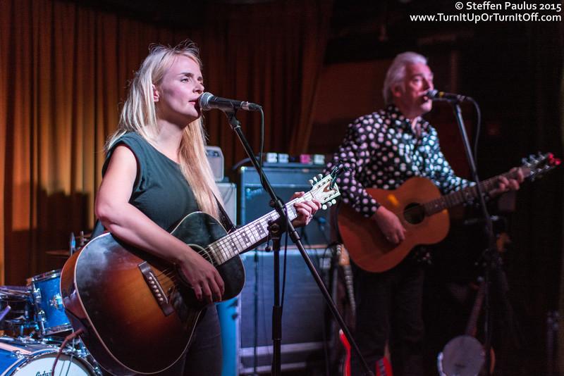 Robyn Hitchcock joins Emma Swift @ The Drake Hotel Underground, Toronto, ON, 13-September 2015