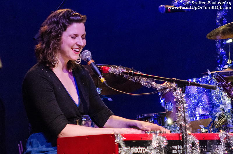 Colleen Brown performing with Oh Susanna and Friends @ The Great Hall, Toronto, ON, 2-December 2015