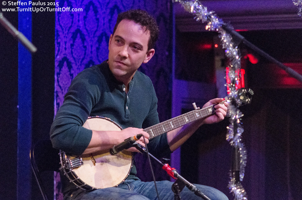 Justin Rutledge performing with Oh Susanna and Friends @ The Great Hall, Toronto, ON, 2-December 2015