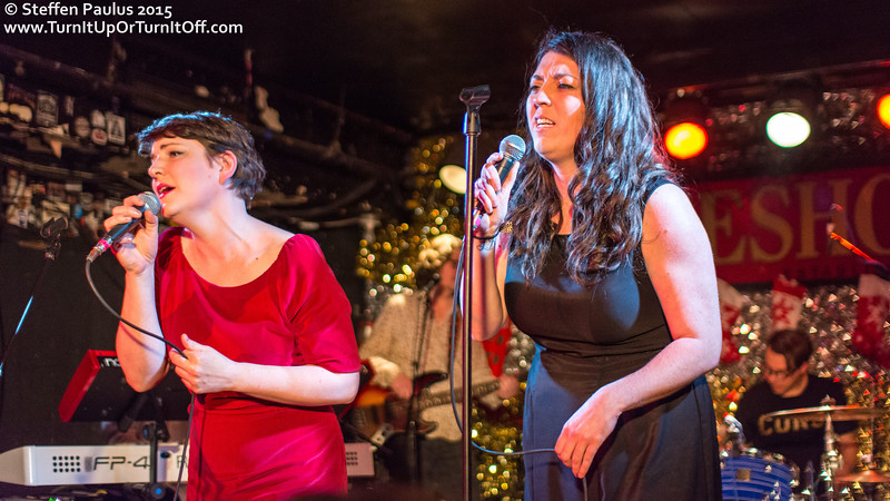 Terra Lightfoot w/ Skydiggers @ Horseshoe Tavern, Toronto, ON, 19-December 2015