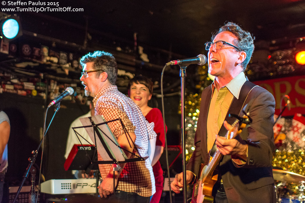 Andrew Cash w/ Skydiggers @ Horseshoe Tavern, Toronto, ON, 19-December 2015