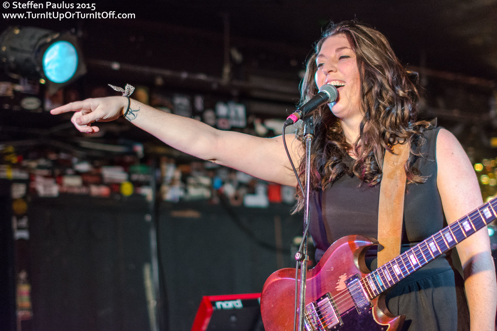Terra Lightfoot @ Horseshoe Tavern, Toronto, ON, 19-December 2015