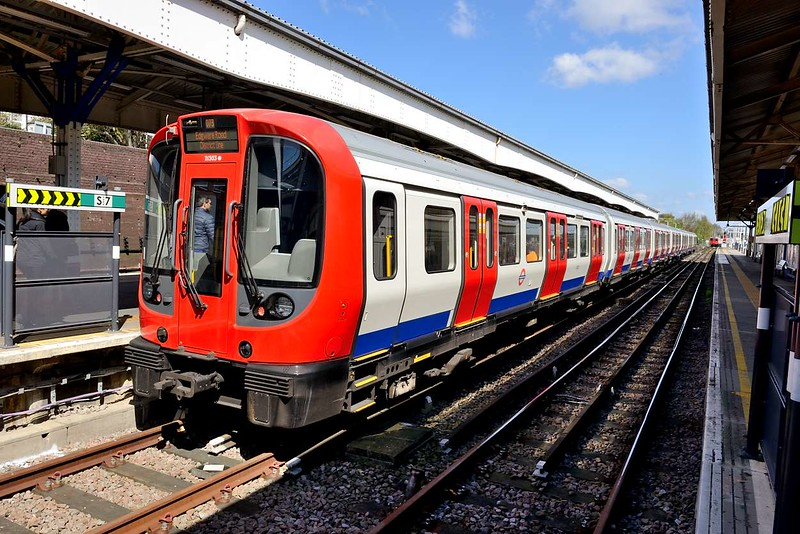 18 April 2015 :: District Line, London Underground 21303 is seen at Wimbledon
