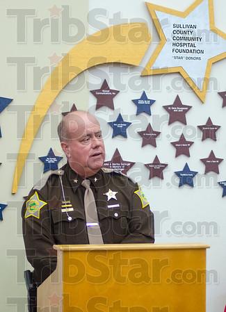 MET 040615 SHERIFF CLARK COTTOM AED