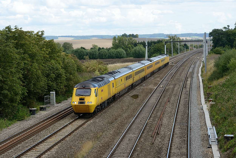28 August 2015 :: The NMT is pictured at South Moreton on 1Q21 from Paddington to Derby