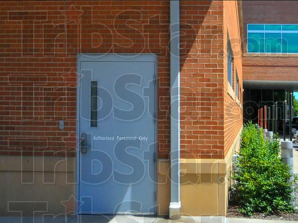 MET 082115 DECON DOORS