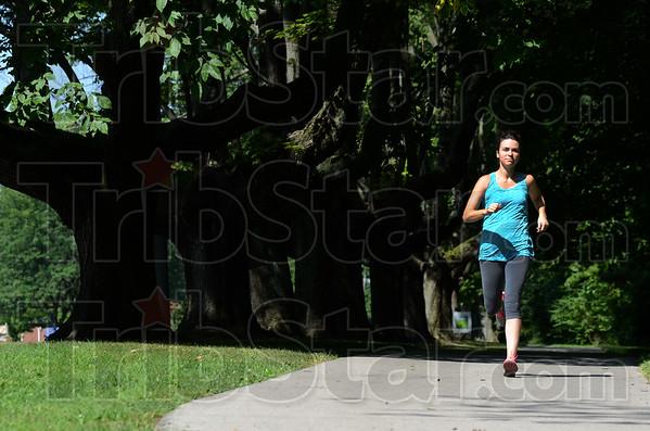 MET081315 runners trees
