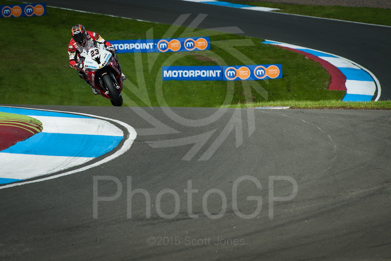 2015-British-Superbikes-05-Knockhill-0248