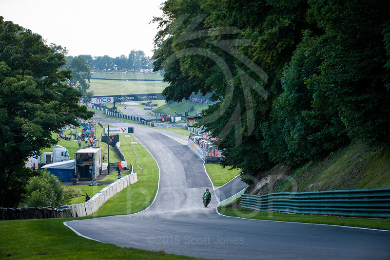 2015-BSB-08-Cadwell-Park-Saturday-0749