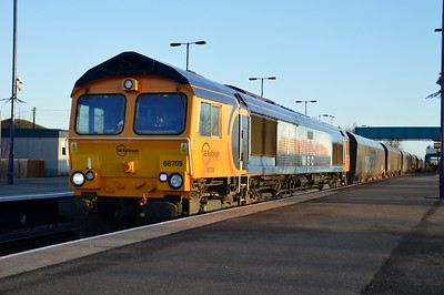 66709 'Sorrento' 0908/6B35 Immingham-West Burton PS