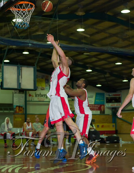 © Braves (69) v St George Saints (95) 13 -5557