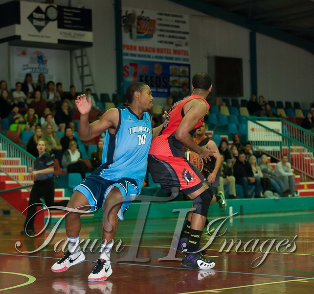 © Braves (70) v Tamworth Thunderbolts (75) 4 July 2015-7866