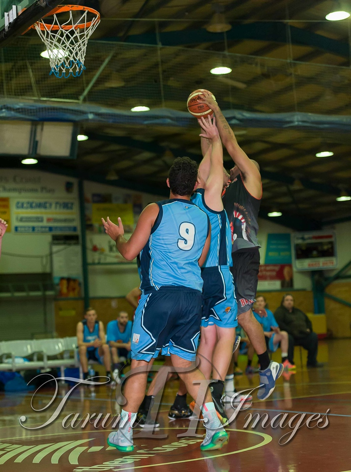 © Braves (70) v Tamworth Thunderbolts (75) 4 July 2015-7485
