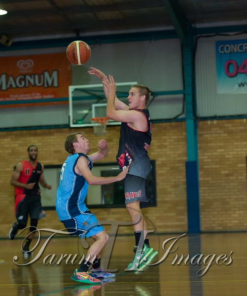 © Braves (70) v Tamworth Thunderbolts (75) 4 July 2015-7778
