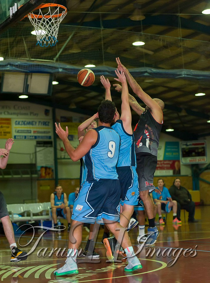 © Braves (70) v Tamworth Thunderbolts (75) 4 July 2015-7486