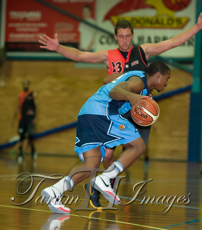 © Braves (70) v Tamworth Thunderbolts (75) 4 July 2015-7507