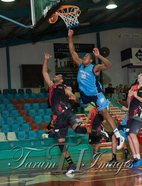 © Braves (70) v Tamworth Thunderbolts (75) 4 July 2015-7751
