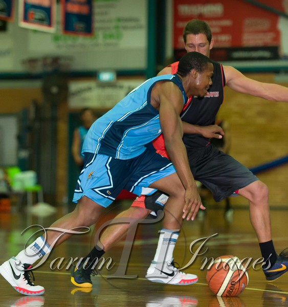 © Braves (70) v Tamworth Thunderbolts (75) 4 July 2015-7505