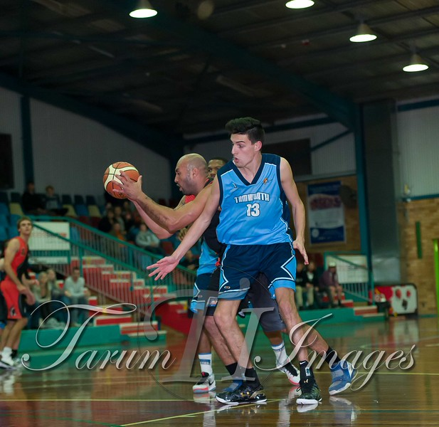 © Braves (70) v Tamworth Thunderbolts (75) 4 July 2015-7904