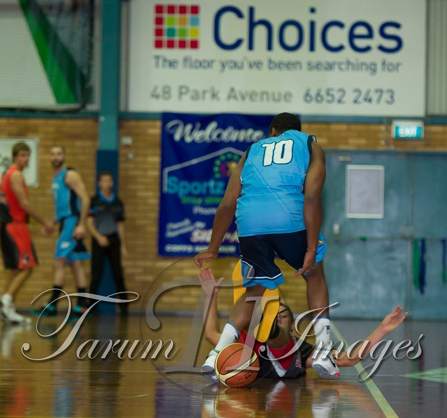 © Braves (70) v Tamworth Thunderbolts (75) 4 July 2015-7513