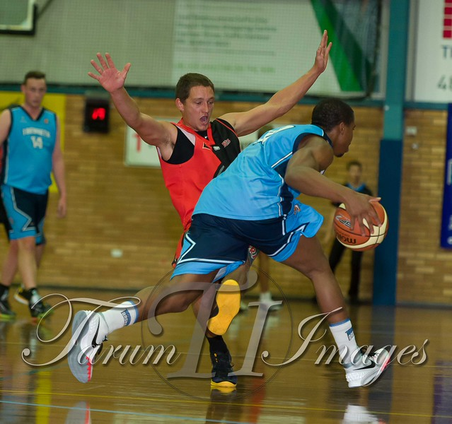 © Braves (70) v Tamworth Thunderbolts (75) 4 July 2015-7510