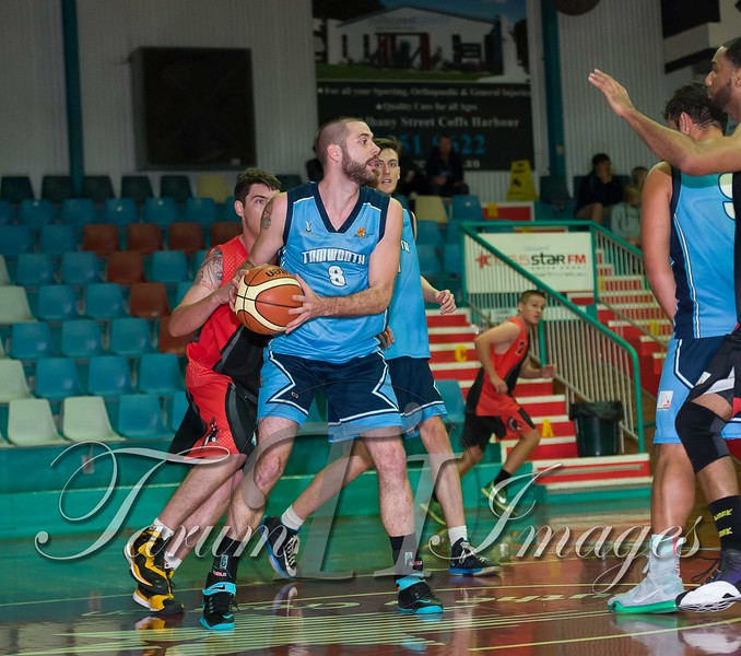 © Braves (70) v Tamworth Thunderbolts (75) 4 July 2015-7851