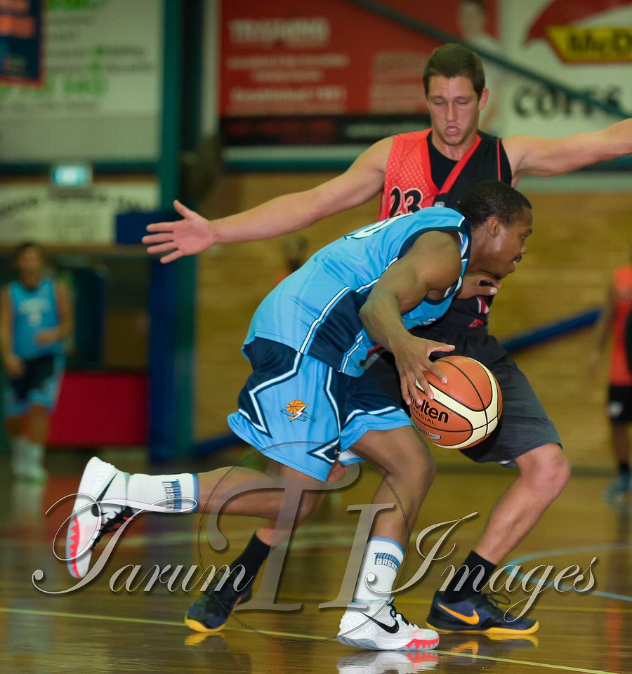 © Braves (70) v Tamworth Thunderbolts (75) 4 July 2015-7506