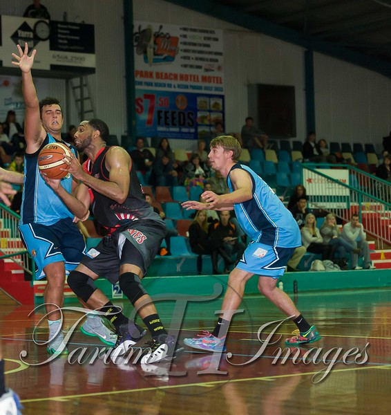 © Braves (70) v Tamworth Thunderbolts (75) 4 July 2015-7797