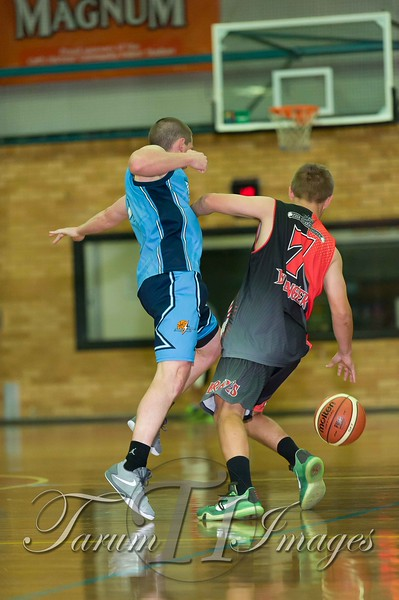 © Braves (70) v Tamworth Thunderbolts (75) 4 July 2015-7767