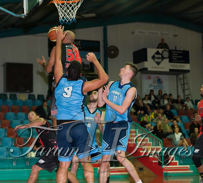 © Braves (70) v Tamworth Thunderbolts (75) 4 July 2015-7800
