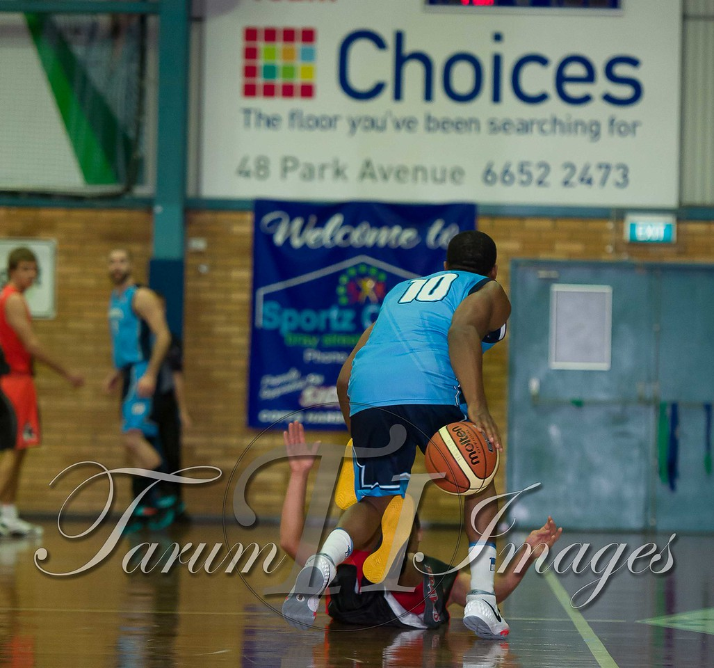 © Braves (70) v Tamworth Thunderbolts (75) 4 July 2015-7512