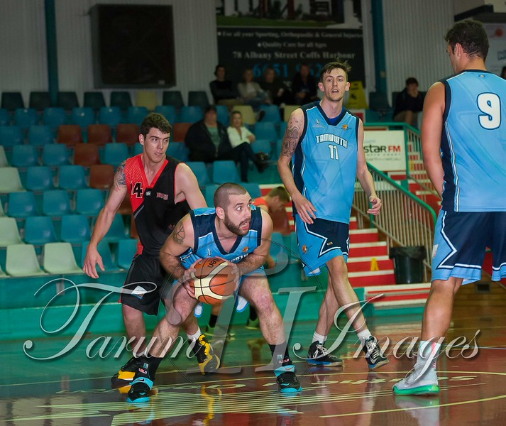 © Braves (70) v Tamworth Thunderbolts (75) 4 July 2015-7848