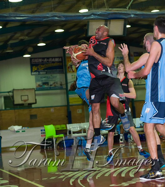 © Braves (70) v Tamworth Thunderbolts (75) 4 July 2015-7565
