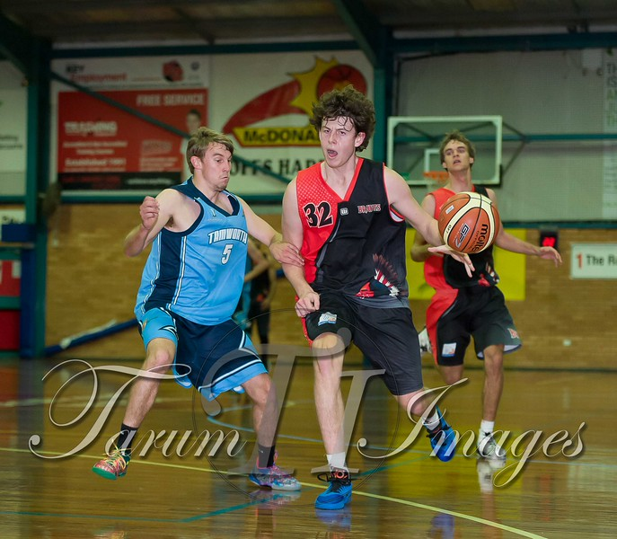 © Braves (70) v Tamworth Thunderbolts (75) 4 July 2015-7585