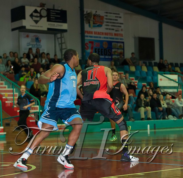 © Braves (70) v Tamworth Thunderbolts (75) 4 July 2015-7867