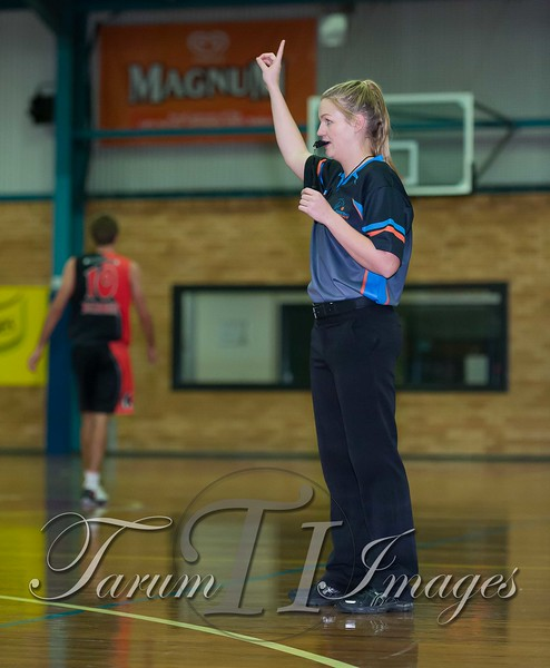 © Braves (70) v Tamworth Thunderbolts (75) 4 July 2015-7753