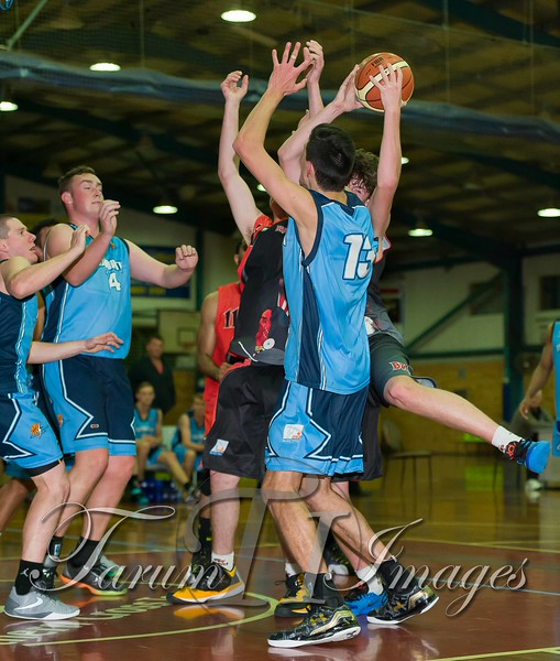 © Braves (70) v Tamworth Thunderbolts (75) 4 July 2015-7666