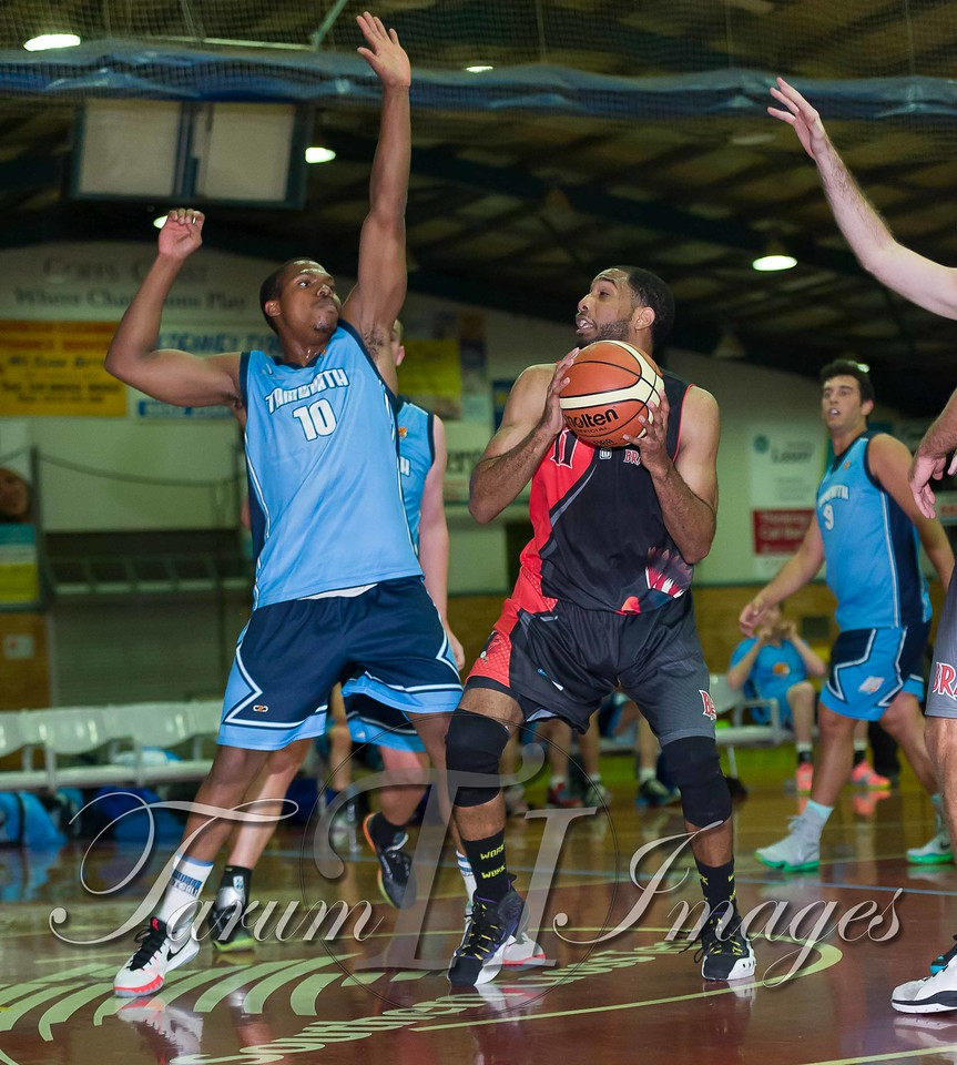 © Braves (70) v Tamworth Thunderbolts (75) 4 July 2015-7533
