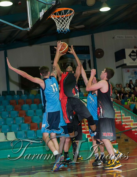 © Braves (70) v Tamworth Thunderbolts (75) 4 July 2015-7863