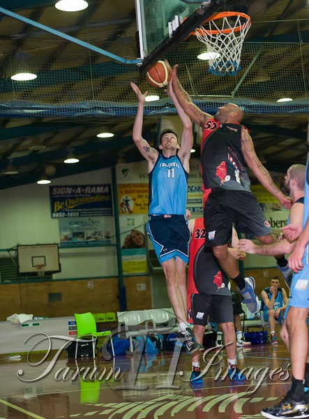 © Braves (70) v Tamworth Thunderbolts (75) 4 July 2015-7563