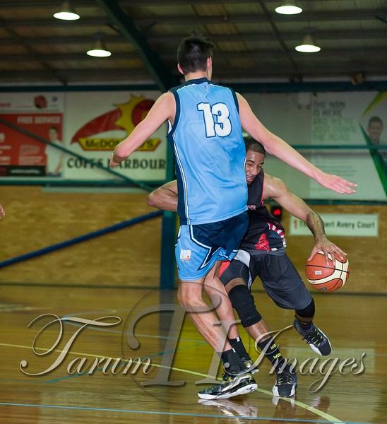 © Braves (70) v Tamworth Thunderbolts (75) 4 July 2015-7682