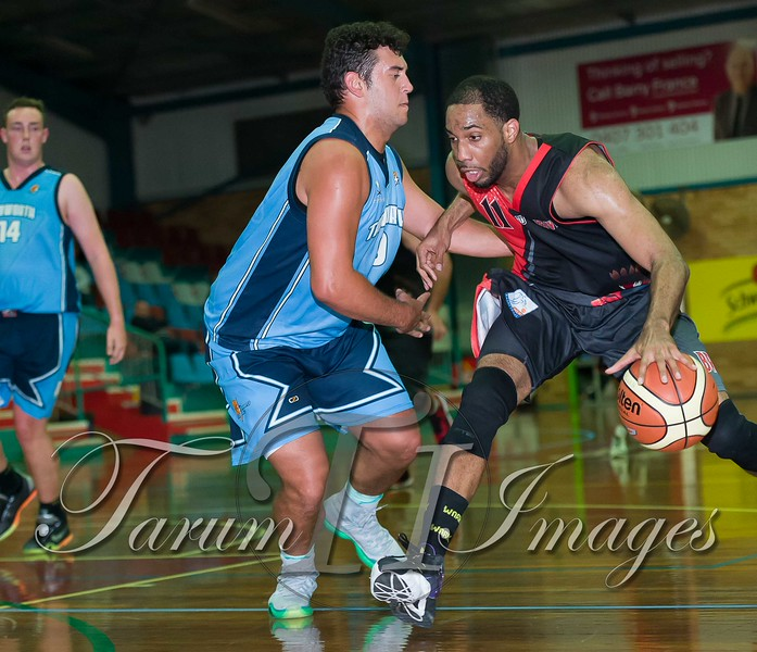 © Braves (70) v Tamworth Thunderbolts (75) 4 July 2015-7740